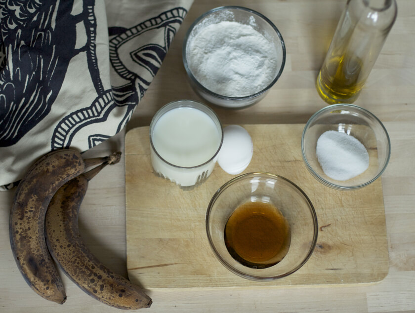 Hair Treatments for Kinky Curly - 2 Using A Blender, Mix 1 Banana With 5 Tablespoons Oil, 1 Egg And A Few Tablespoons Of