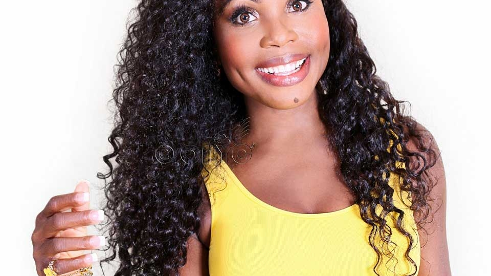 Thelma Okoro ONYC CEO In Curly Addiction 3B Deep Curly Hair Style White