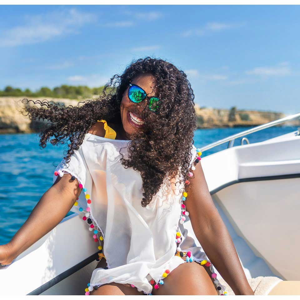 Curly Weave Hair Style ONYC Curly Hair Extension Gallery Thelma Okoro Wearing Curly Addiction 3B In Algarve Portugal