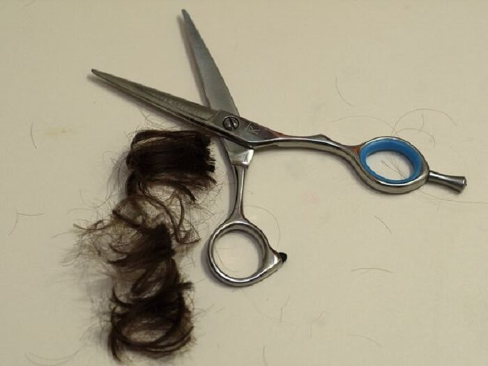 Use Really Sharp Scissors Point Cutting Curly Hair